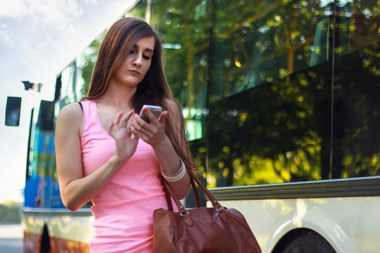 How to Find Someone's Cell Phone Number by Name